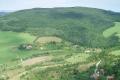 Jedľové Kostoľany - Bošiakovce, nad nimi Lom